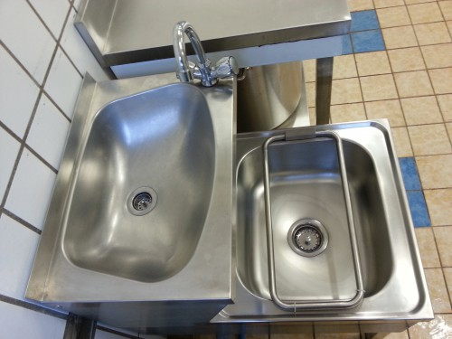Neues Handwaschbecken